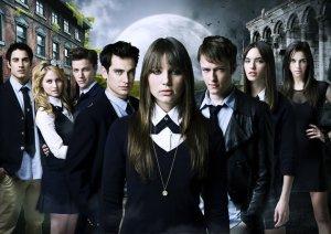 Split-S01-Main-Cast-split-tv-show-21006855-720-509